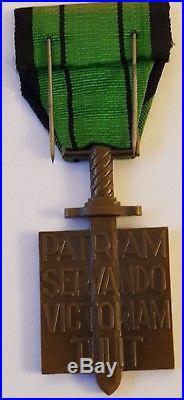 Authentique Rarissime 1 Croix de la Libération poinçon Corne BR sur tranche