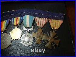 BA8 LOT DE médailles militaires cousues guerre 1914 1918 french medal