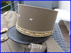 Bel ensemble général de brigade Indo / Algérie kepi, veste, pantalon et décos