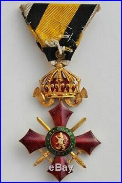 Bulgarie, Ordre du Mérite Militaire, officier en bronze doré, écrin d'origine