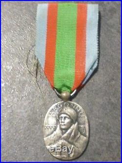 CC Belle médaille Argonne Vauquois de la guerre 14 18 french medal FRANCE