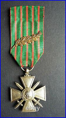 Croix de Guerre 1914 1916 en vermeil. Ruban avec palme de bronze