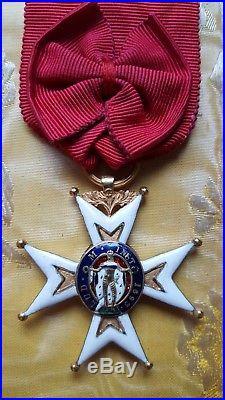 Croix de chevalier de l'ordre de Saint-Louis modifiée en 1830