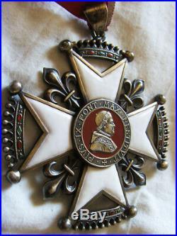 Dec5558 Croix De Chanoine Du Chapitre De Lyon