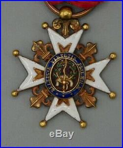 Décoration de l'Ordre Royal et Militaire de Saint-Louis, or, émail, 1819, XIXe
