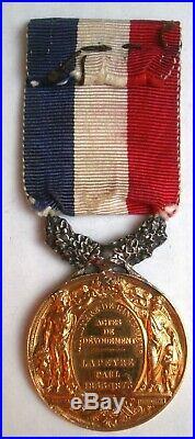 En OR Médaille d'honneur actes courage dévouement FRANCE French medal order