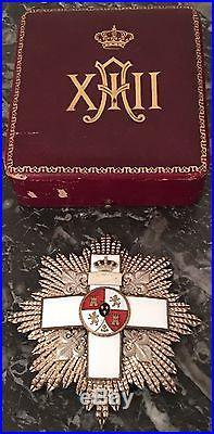 Grand-croix du Mérite militaire espagnol + écrin + diplôme d'un général français