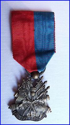 Insigne du Groupe Drouot. Bronze