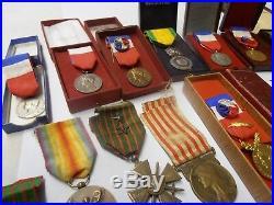 Lot De 23 Medaille Militaire Et Autre Anciennes