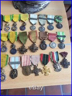 Lot de médaille coloniale Napoléon militaire casque etc