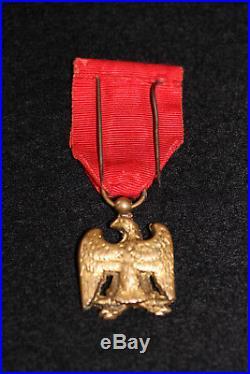 Medaille Des Debris De L Armee Imperiale 1er Empire