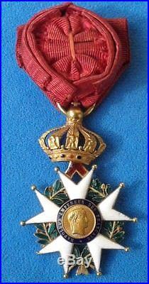 Medaille Officier Legion d'honneur en or Napoleon III medal of honor