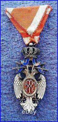 Médaille Rare Ordre De L'aigle Blanc À titre Militaire