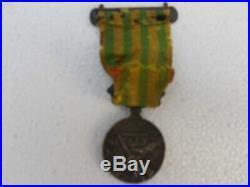 Médaille campagne de chine avec agrafe, RARE