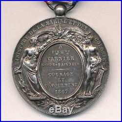 Médaille d'honneur courage et dévouement marine et colonies second empire 1867
