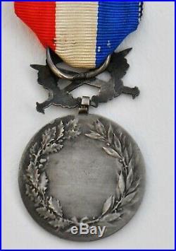 Médaille d'honneur des Affaires Etrangères, avec glaives, argent