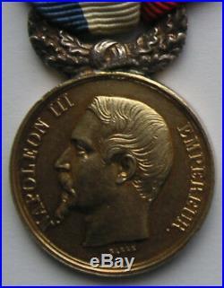 Médaille d'or de 2ème classe pour actes de courage et dévouement attribuée 1856