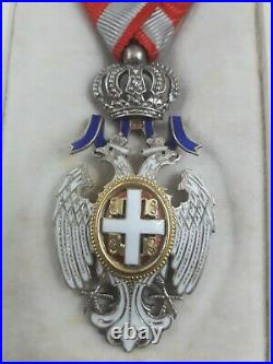 Médaille décoration Ordre Aigle Blanc Serbie poilu succession grenier