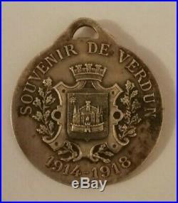 Médaille décoration RASUMNY 14/18 Verdun on ne passe pas