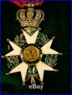 Médaille décoration ordre de la légion d'honneur Napoléon XIX ème