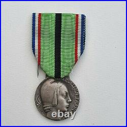 Médaille du Patriote Proscrit, 1939-1945, 1er type, bronze argenté