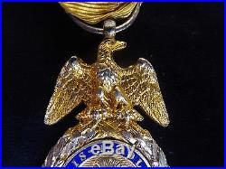 Médaille militaire Napolèon III type II ARGENT Bijoutier