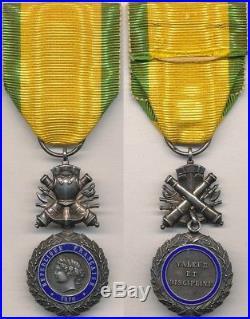 Médaille militaire aux canons