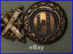 Médaille militaire monobloc dite modèle des Versaillais