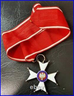 Ordre Polonia Restituta 1918 3 éme classe + plaque de grand croix