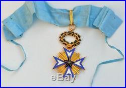 Ordre de l'Etoile Noire du Bénin, croix de commandeur