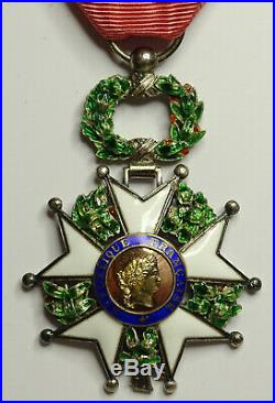 Ordre de la LEGION d'HONNEUR / Chevalier / IV Republique //ARGENT
