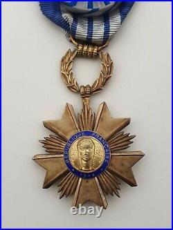 Ordre du Mérite Artisanal, officier en vermeil