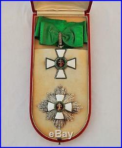 Ordre du Mérite de la République de Hongrie, ensemble de Grand Officier