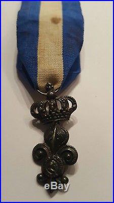 Ordre lys louis xviii order medal