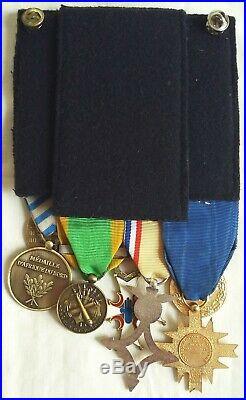 Placard 12 Medailles Parachutiste Indochine Suez Algerie Legion Etrangere Medal
