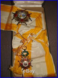 Plaque Gd Officier et bijoux de Gde Croix Ordre Isabelle la Catholique Espagne