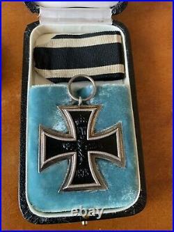 Rare Croix de Fer 2e classe 1914 + écrin + insigne des Blessés + jeton WW1