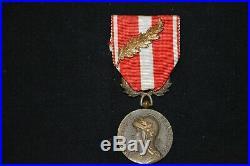 Rare Medaille De La Valeur Militaire-1956 Guerre D'algerie-avec Une Citation