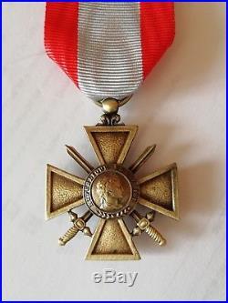 Rare croix de guerre TOE sur 3 lignes