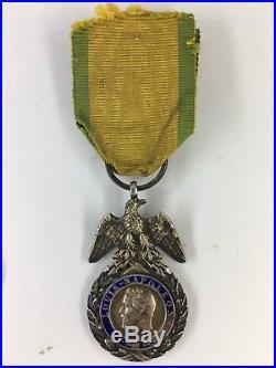 Second Empire Médaille Militaire Monobloc Ailes Décollées BARRE A2