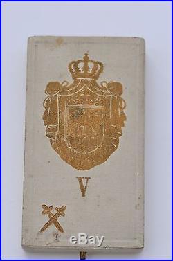 Serbie Ordre de l'Aigle Blanc, chevalier militaire, dans son écrin