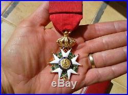 Superbe Legion D'honneur Second Empire Avec Ecrin - Officier En Or