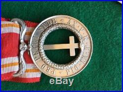 Trés Beau Ensemble De Médailles Second Empire Dans Un Cadre Verre Bombé