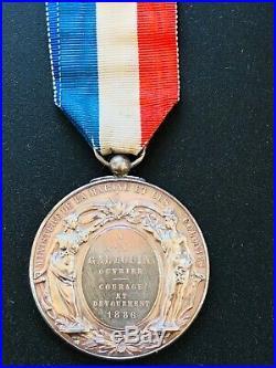 Très Rare Et Imposante Médaille De Sauveteurs 1886 Courage Et Dévouement