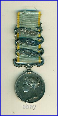 Très belle médaille de Crimée avec 3 barrettes époque II empire