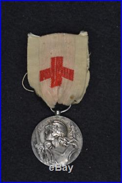 Très rare Médaille de l'Agence des Prisonniers de Guerre 14-18 Attribuée